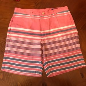 Vineyard Vines Pink club shorts